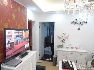 欧式风格二居室10-15万80平米客厅电视柜效果图