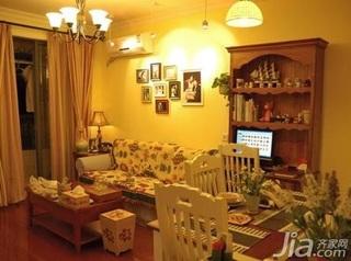 田园风格二居室10-15万80平米客厅沙发三口之家设计图纸