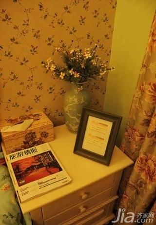 田园风格二居室10-15万80平米卧室床头柜三口之家家装图片