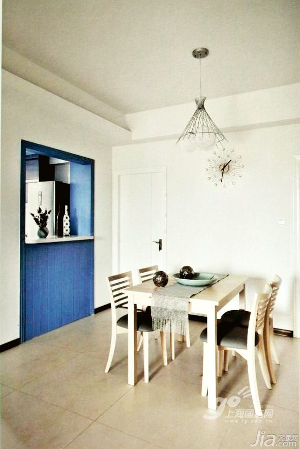 简约风格四房5-10万140平米以上餐厅隔断餐桌新房家装图