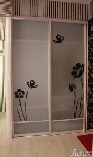 简约风格一居室3万以下50平米衣柜安装图