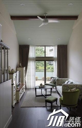 美式乡村风格跃层舒适富裕型110平米客厅沙发效果图