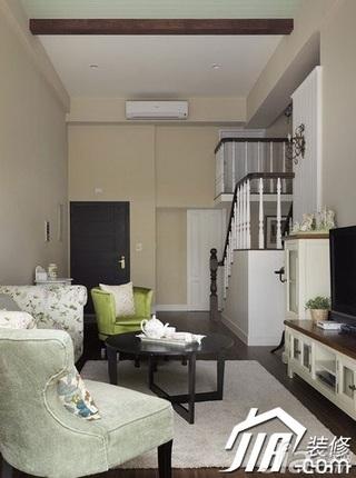 美式乡村风格跃层富裕型110平米客厅茶几效果图