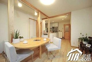 日式风格小户型经济型70平米餐厅餐桌效果图