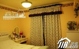 田园风格二居室110平米卧室窗帘效果图