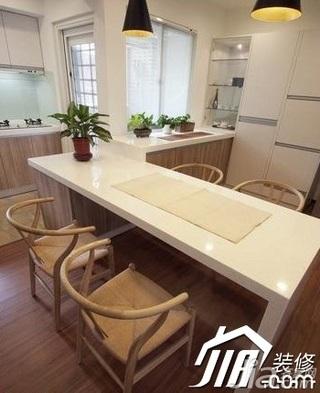 中式风格二居室10-15万110平米餐厅吧台效果图