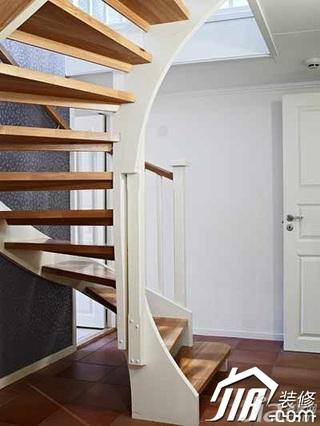 简约风格复式豪华型130平米楼梯设计