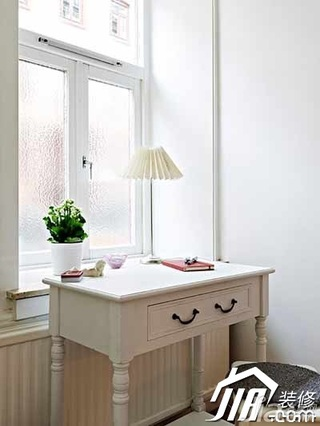 简约风格小户型简洁白色3万-5万40平米卧室书桌效果图