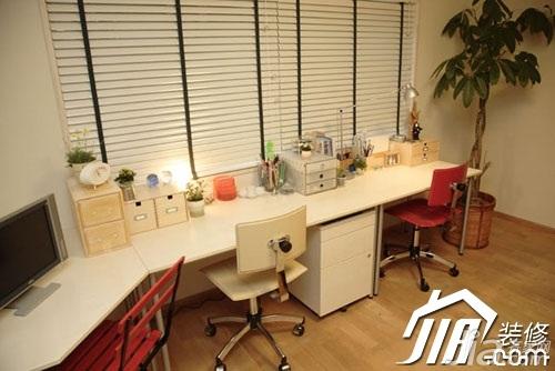日式风格小户型富裕型80平米书房书桌图片