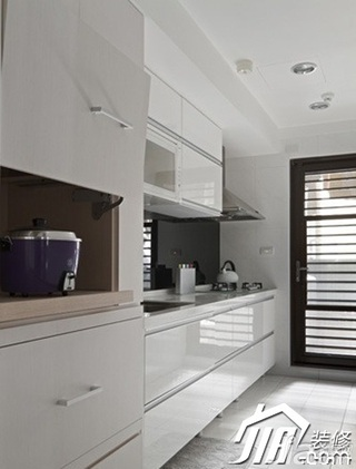 简约风格二居室简洁白色3万-5万90平米厨房橱柜安装图