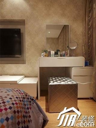 简约风格富裕型140平米以上卧室梳妆台图片