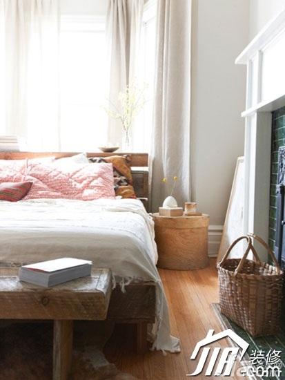 简约风格二居室富裕型卧室床图片