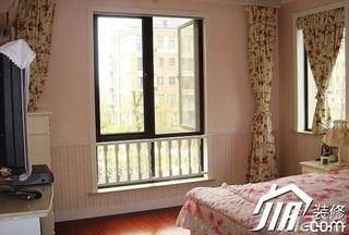 简约风格公寓90平米卧室窗帘效果图