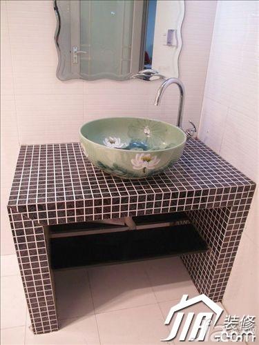 混搭风格二居室经济型洗手台效果图