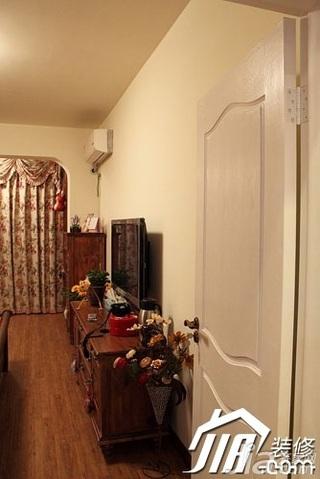 小户型3万以下40平米窗帘图片
