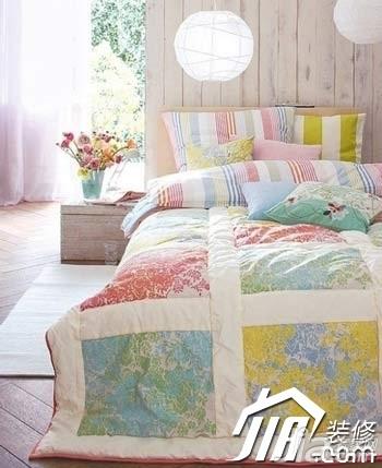 小清新卧室床图片