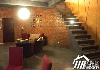 地中海风格别墅富裕型客厅楼梯沙发效果图