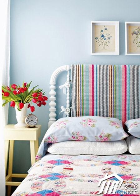 简约风格小户型温馨3万-5万80平米卧室床效果图