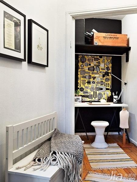 28个北欧风小户型家庭工作室书桌设计19/28