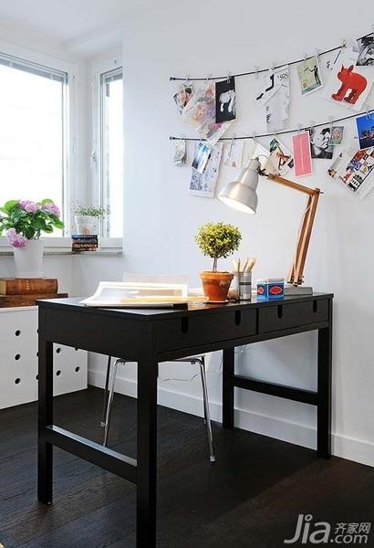 28个北欧风小户型家庭工作室书桌设计22/28