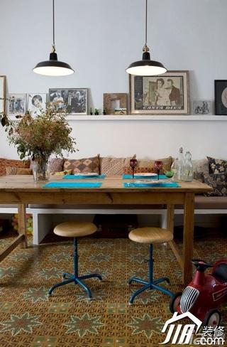 美式乡村风格公寓舒适经济型餐厅餐桌效果图