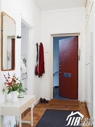 欧式风格一居室50平米木门效果图