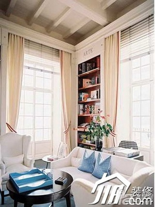 欧式风格公寓富裕型80平米客厅窗帘效果图