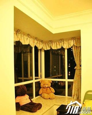 田园风格公寓富裕型飘窗窗帘效果图