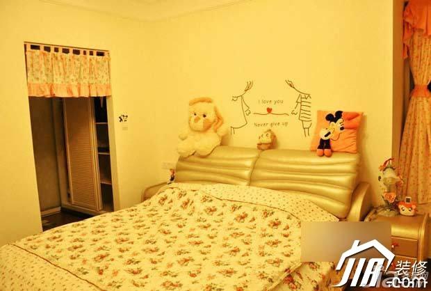 田园风格公寓浪漫富裕型卧室床图片