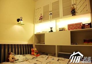 地中海风格小户型5-10万90平米卧室装修效果图