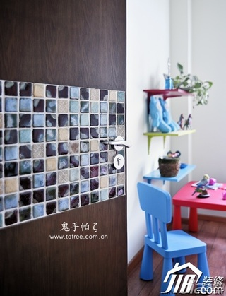 鬼手帕中式风格二居室5-10万50平米木门效果图