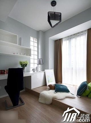 简约风格公寓豪华型110平米书房地台书架效果图