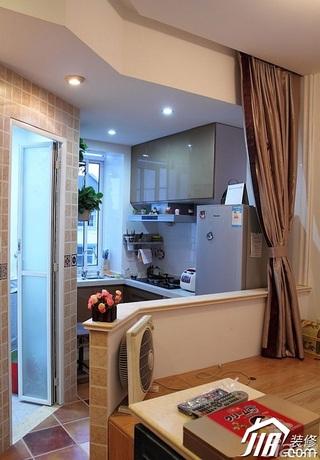 美式乡村风格小户型厨房过道榻榻米设计图