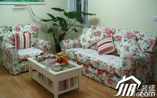 田园风格小户型浪漫5-10万客厅沙发效果图