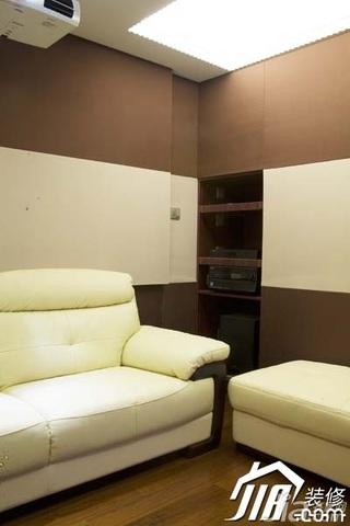 欧式风格豪华型影音室沙发效果图