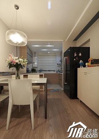 loft风格复式简洁15-20万餐厅餐厅背景墙餐桌婚房家居图片