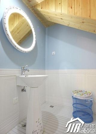 loft风格复式蓝色15-20万卫生间背景墙洗手台婚房家装图片