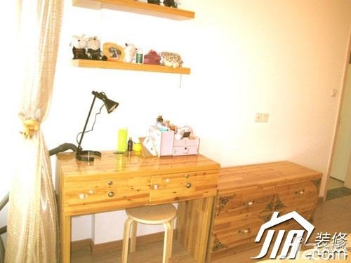 日式风格小户型原木色经济型60平米书房书桌图片