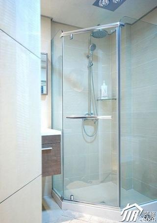 简约风格三居室130平米卫生间装潢