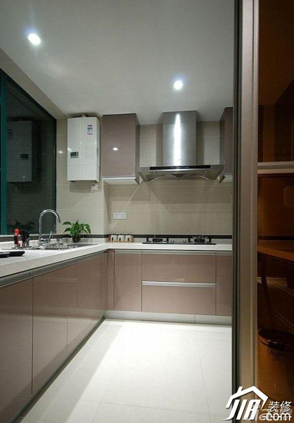 简约风格三居室130平米厨房橱柜图片