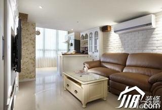 美式乡村风格小户型富裕型60平米客厅沙发背景墙沙发效果图