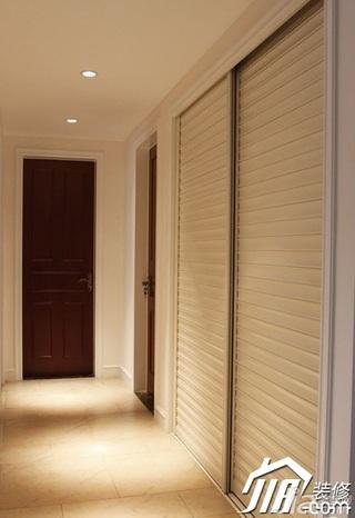 欧式风格三居室富裕型过道衣柜设计图