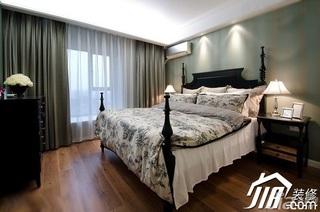 美式风格三居室舒适10-15万120平米卧室床效果图