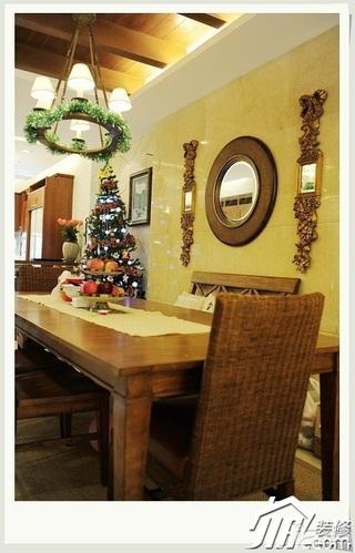 美式乡村风格四房以上艺术富裕型餐厅餐桌效果图
