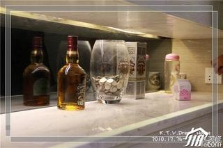 混搭风格复式富裕型90平米酒架图片