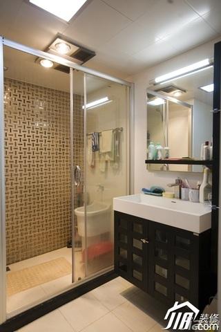 简约风格二居室富裕型卫生间背景墙洗手台图片