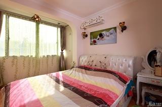 简约风格小户型浪漫白色经济型卧室卧室背景墙床效果图
