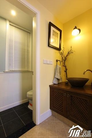 欧式风格别墅稳重卫生间灯具图片
