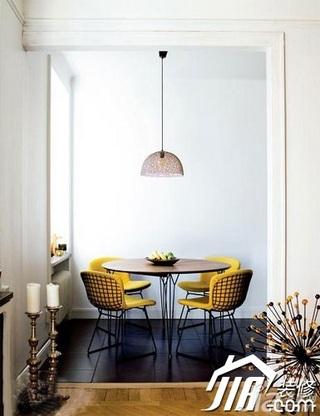 简约风格小户型3万以下40平米餐厅餐桌效果图