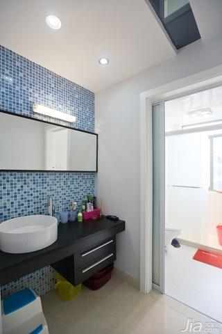简约风格二居室稳重富裕型卫生间灯具图片